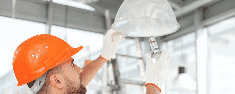how to ground a light fixture