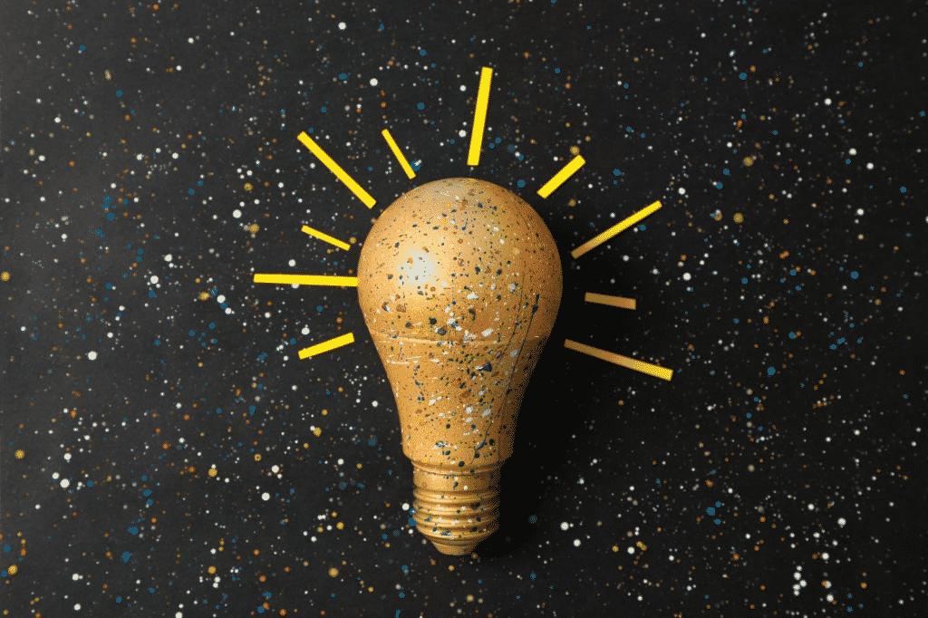 How To Paint Light Bulbs